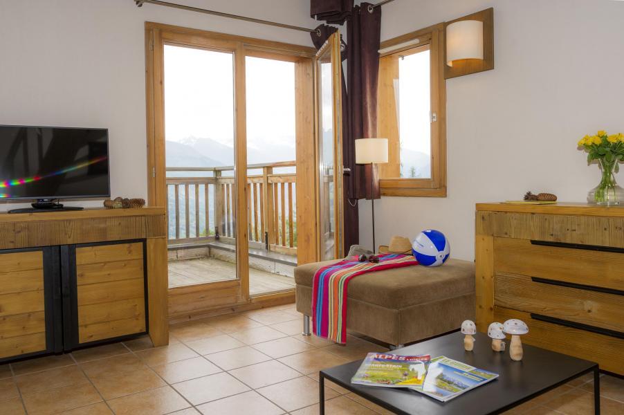 Location au ski Résidence les Chalets de Wengen - Montchavin La Plagne - Table basse