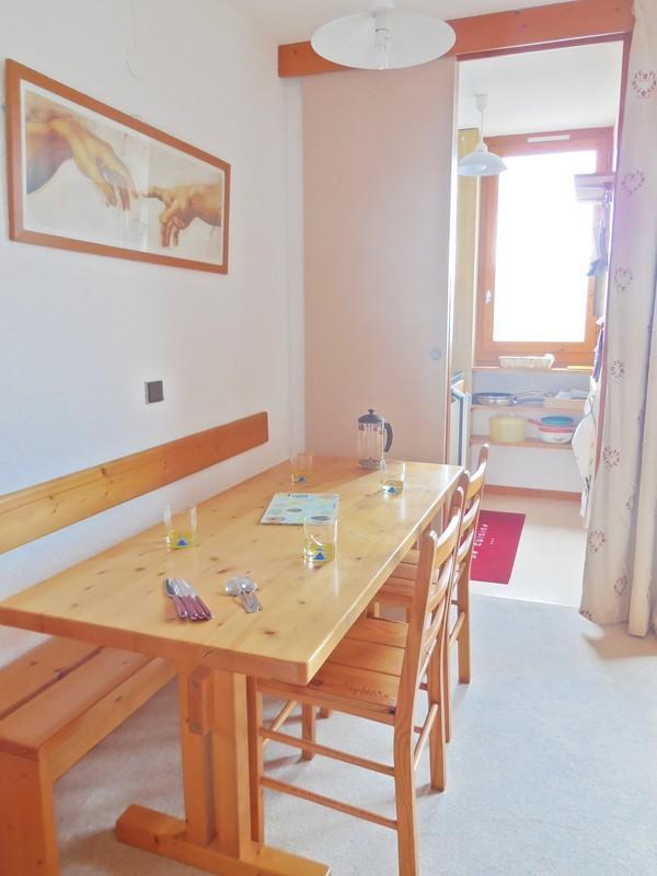 Location au ski Appartement 2 pièces 4 personnes (034) - Résidence Pendule - Montchavin La Plagne - Table