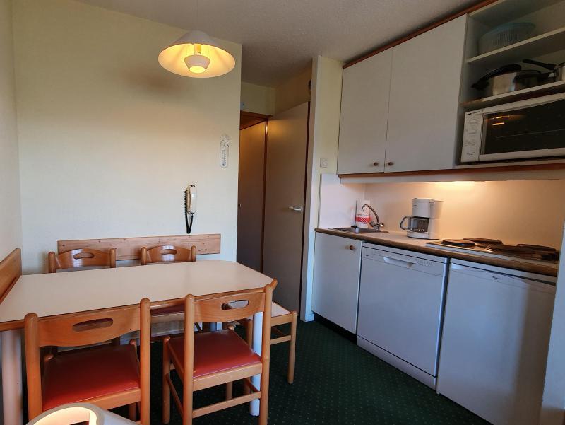 Ski verhuur Appartement 2 kamers 5 personen (104) - Résidence Sextant - Montchavin La Plagne - Tafel