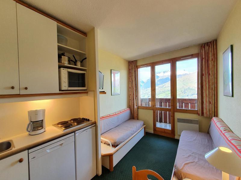 Ski verhuur Appartement 2 kamers 5 personen (104) - Résidence Sextant - Montchavin La Plagne - Woonkamer