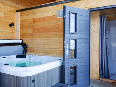 Rent in ski resort Chalet Paradise Star - Montchavin La Plagne - Jacuzzi