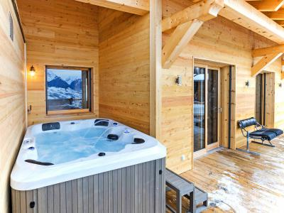Rent in ski resort Chalet Ski Dream - Montchavin La Plagne - Jacuzzi