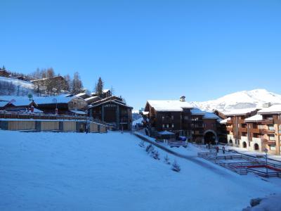 Location au ski Studio 2 personnes (744) - La Résidence les Pentes - Montchavin - La Plagne - Extérieur hiver