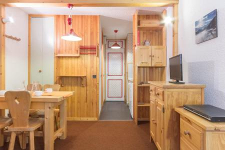 Rent in ski resort Studio 3 people (102) - Maison Tresallet - Montchavin La Plagne