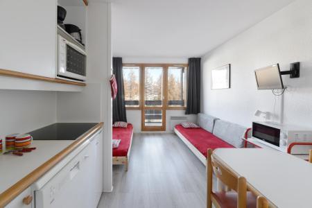 Rent in ski resort 2 room apartment 4 people (210) - Résidence le Bilboquet - Montchavin La Plagne - Table