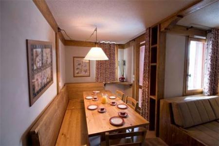 Location au ski Appartement 3 pièces 6 personnes - Residence Le Chalet De Montchavin - Montchavin - La Plagne - Coin repas