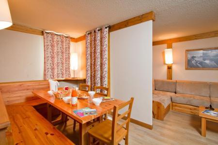 Rent in ski resort Résidence le Chalet de Montchavin - Montchavin La Plagne - Dining area