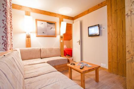 Rent in ski resort Résidence le Chalet de Montchavin - Montchavin La Plagne - Living room