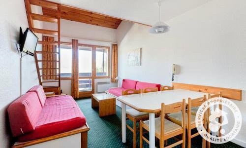 Location au ski Appartement 3 pièces 7 personnes (Confort -3) - Résidence le Hameau du Sauget - Maeva Home - Montchavin La Plagne - Extérieur hiver