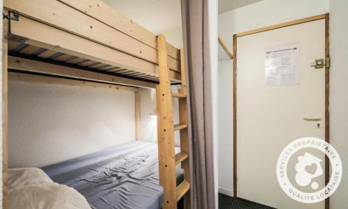 Location au ski Appartement 2 pièces 6 personnes (Confort -1) - Résidence le Hameau du Sauget - Maeva Home - Montchavin La Plagne - Extérieur hiver