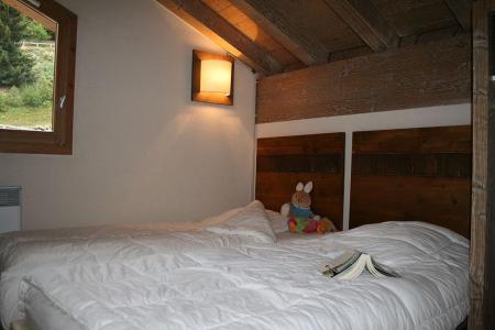 Location au ski Residence Les Chalets De Wengen - Montchavin - La Plagne - Chambre mansardée
