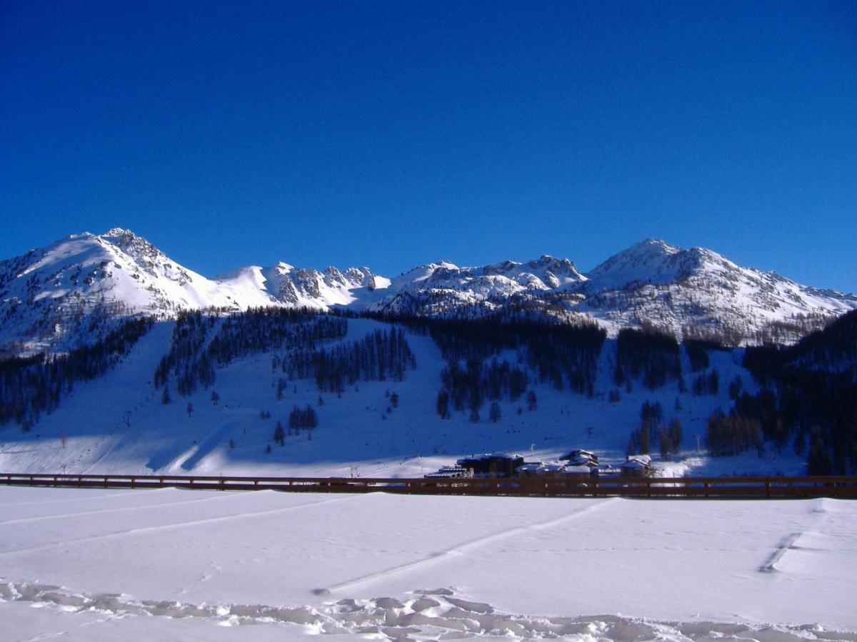 Location au ski Studio coin montagne 4 personnes (COM010) - La Residence Le Plein Soleil - Montgenèvre