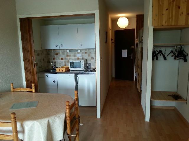 Location au ski Studio coin montagne 4 personnes (ORIO54) - La Residence Les Anges - Montgenèvre - Table
