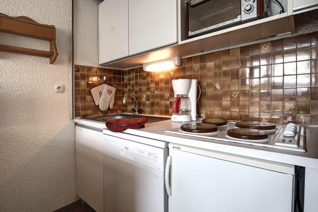 Location au ski Studio coin nuit 4 personnes (AUT118) - La Residence Les Chalmettes - Montgenèvre - Coin repas