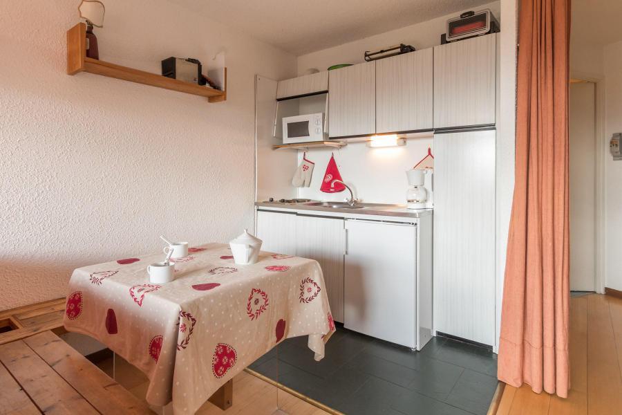 Аренда на лыжном курорте Квартира студия для 2 чел. (GEY141) - La Résidence la Loubatière - Montgenèvre - апартаменты