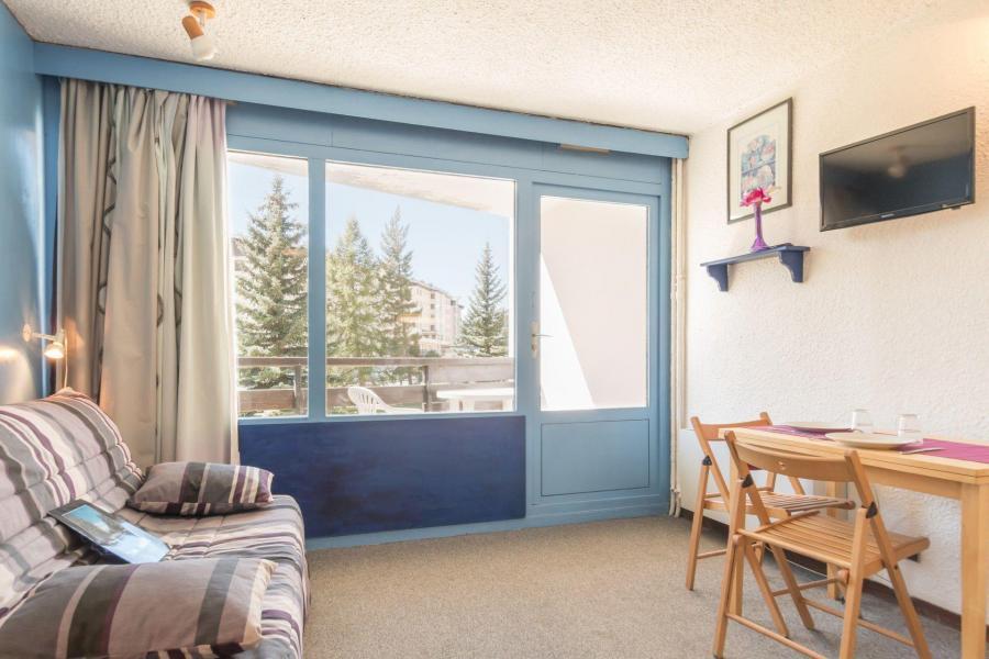 Location au ski Studio 2 personnes (SER217) - La Residence La Renardiere - Montgenèvre - Canapé