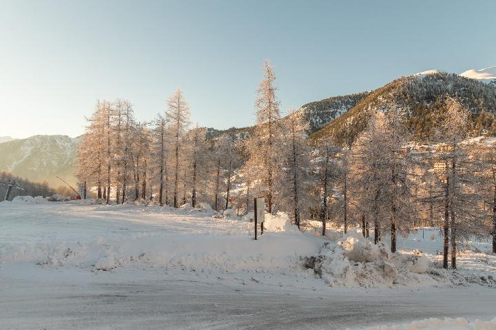 Location au ski Studio coin montagne 4 personnes (MAL41) - La Residence Les Anges - Montgenèvre - Extérieur hiver