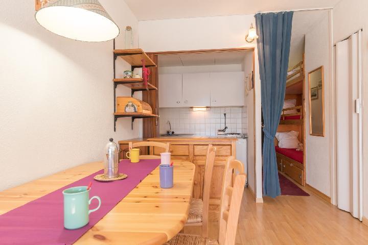 Location au ski Studio coin montagne 4 personnes (MAL41) - La Residence Les Anges - Montgenèvre - Table