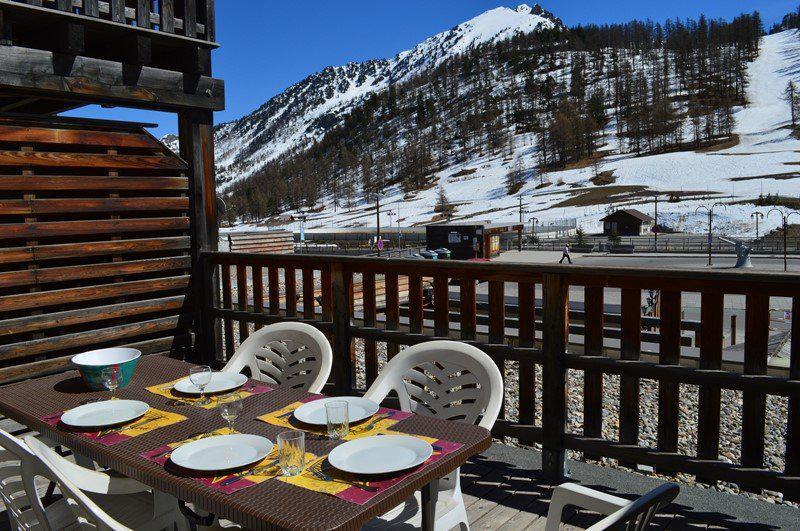Vacaciones en montaña Apartamento cabina para 5 personas (NG11) - La Résidence Neige et Golf - Montgenèvre - Invierno