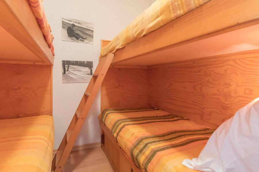 Location au ski Studio coin montagne 5 personnes (DETAR2) - Residence Arzerier - Montgenèvre - Lits superposés