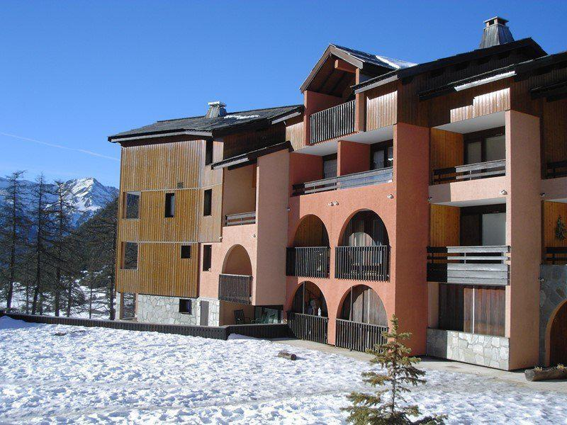 Holiday in mountain resort 2 room apartment 4 people (C65) - Résidence la Ferme d'Augustin - Montgenèvre - Winter outside
