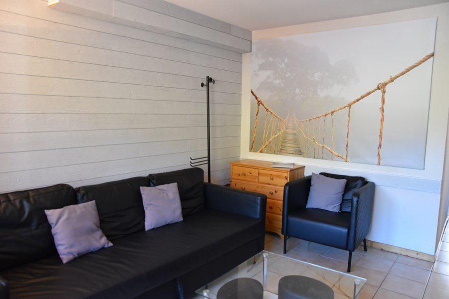 Rent in ski resort 4 room duplex apartment 8 people (205) - Résidence le Golf - Montgenèvre - Apartment