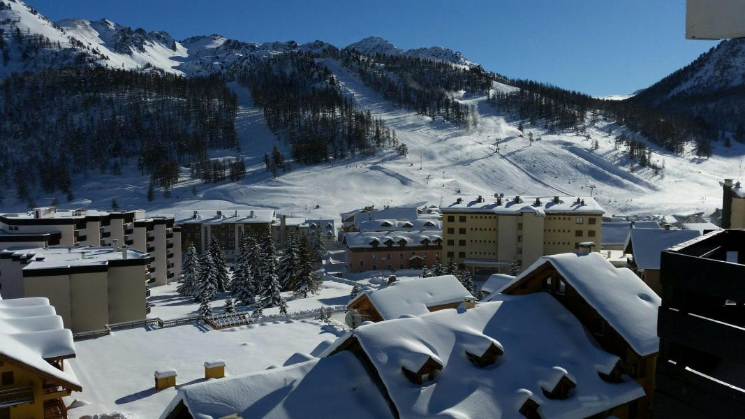Location au ski Residence Les Alpets - Montgenèvre - Extérieur hiver