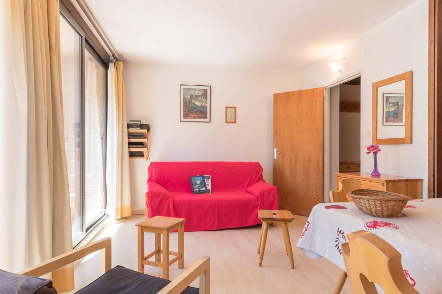 Location au ski Appartement 3 pièces 7 personnes (OTT10) - Residence Les Bardeaux - Montgenèvre - Canapé