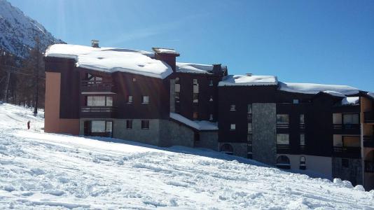 Location au ski La Residence Ferme D'augustin - Montgenèvre - Extérieur hiver