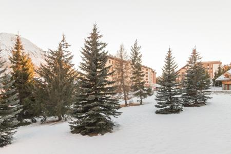 Holiday in mountain resort Studio 2 people (SER217) - La Résidence la Renardière - Montgenèvre - Winter outside