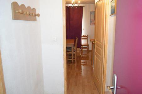 Rent in ski resort Studio cabin 5 people (NG11) - La Résidence Neige et Golf - Montgenèvre - Corridor
