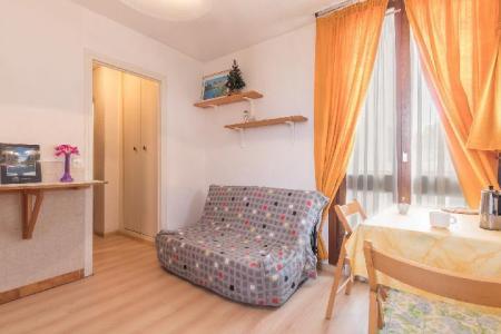 Location au ski Studio 2 personnes (MUS010) - Residence Arzerier - Montgenèvre - Canapé