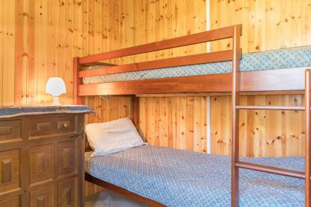 Rent in ski resort 2 room apartment 4 people (CEL412) - Résidence Chamoisière - Montgenèvre - Bunk beds