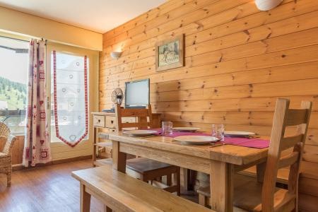 Rent in ski resort Studio sleeping corner 4 people (MAG317) - Résidence Chamoisière - Montgenèvre
