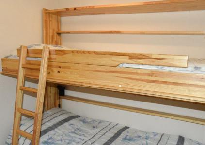 Rent in ski resort 4 room duplex apartment 8 people (205) - Résidence le Golf - Montgenèvre - Bunk beds