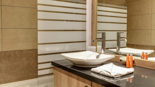 Rent in ski resort Résidence le Napoléon - Montgenèvre - Bathroom