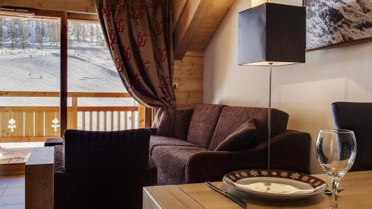 Rent in ski resort Résidence le Napoléon - Montgenèvre - Settee
