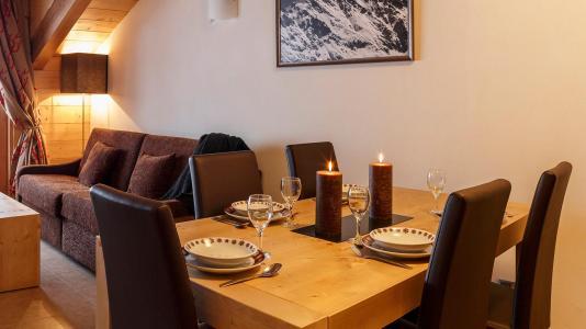 Rent in ski resort Résidence le Napoléon - Montgenèvre - Table