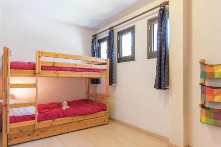 Location au ski Appartement 3 pièces 7 personnes (OTT10) - Residence Les Bardeaux - Montgenèvre - Lits superposés