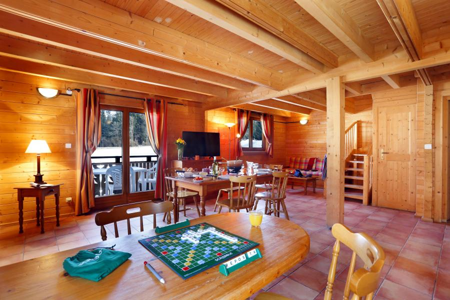 Alquiler al esquí Les Chalets du Bois de Champelle - Morillon - Comedor