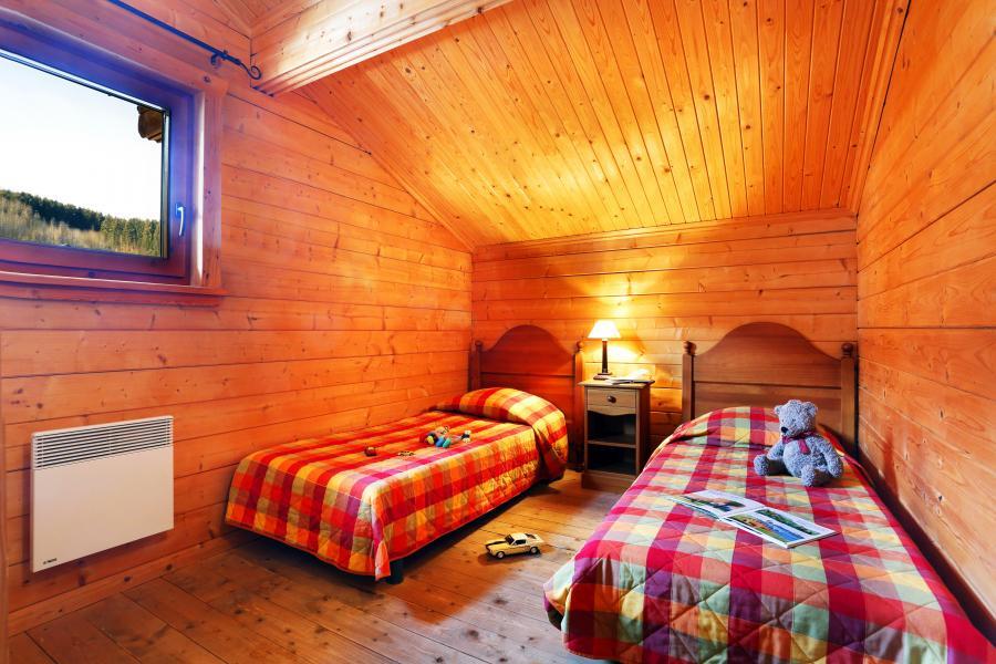 Alquiler al esquí Les Chalets du Bois de Champelle - Morillon - Habitación abuhardillada