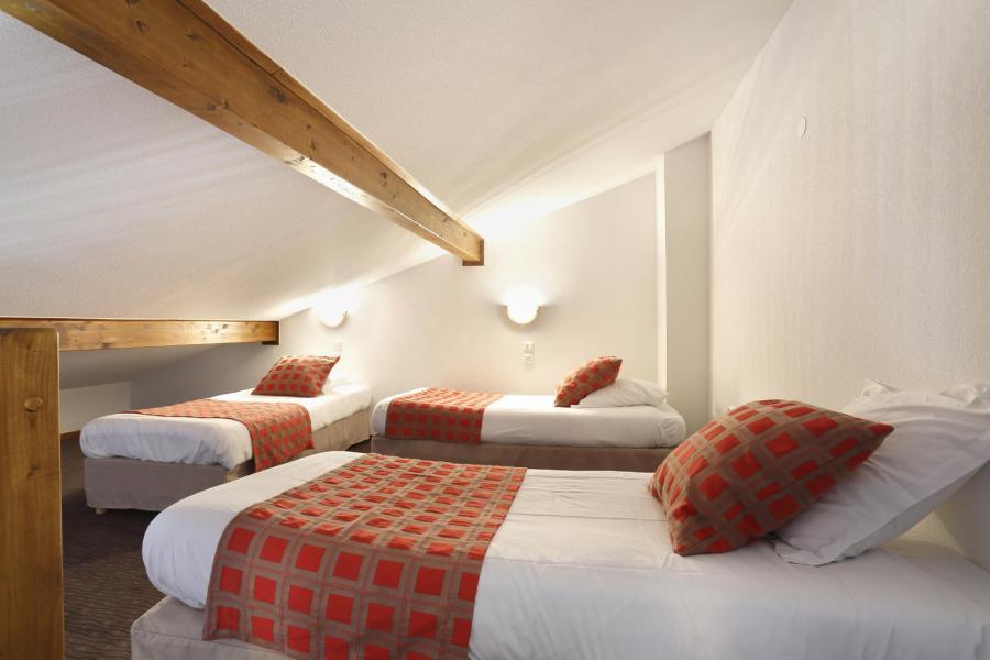 Location au ski Résidence Grand Massif - Morillon - Chambre mansardée