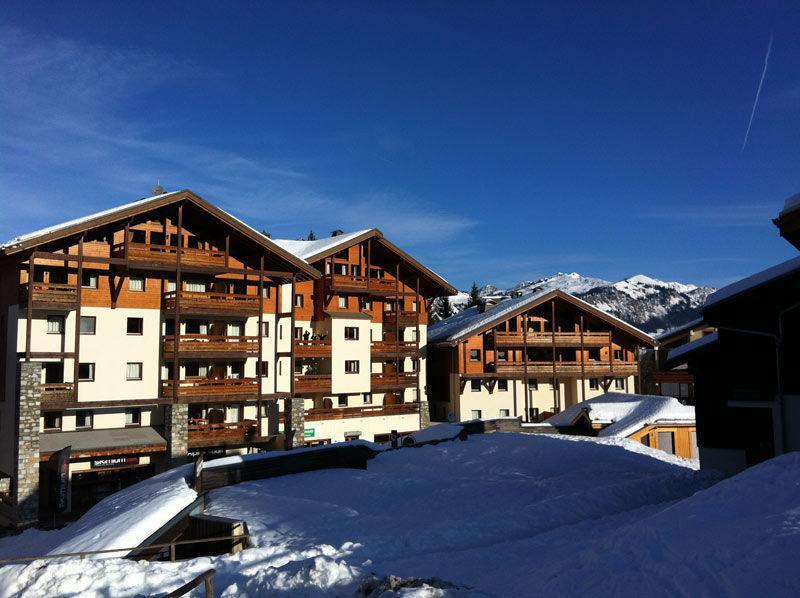 Аренда на лыжном курорте Résidence les Jardins Alpins - Morillon - зимой под открытым небом