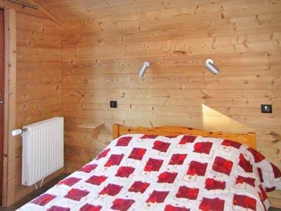 Rent in ski resort Chalet Haute-Savoie - Morillon - Bedroom