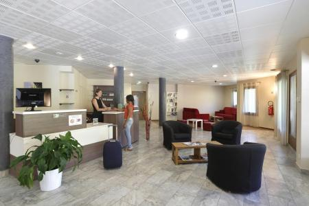 Rent in ski resort Résidence Grand Massif - Morillon - Reception