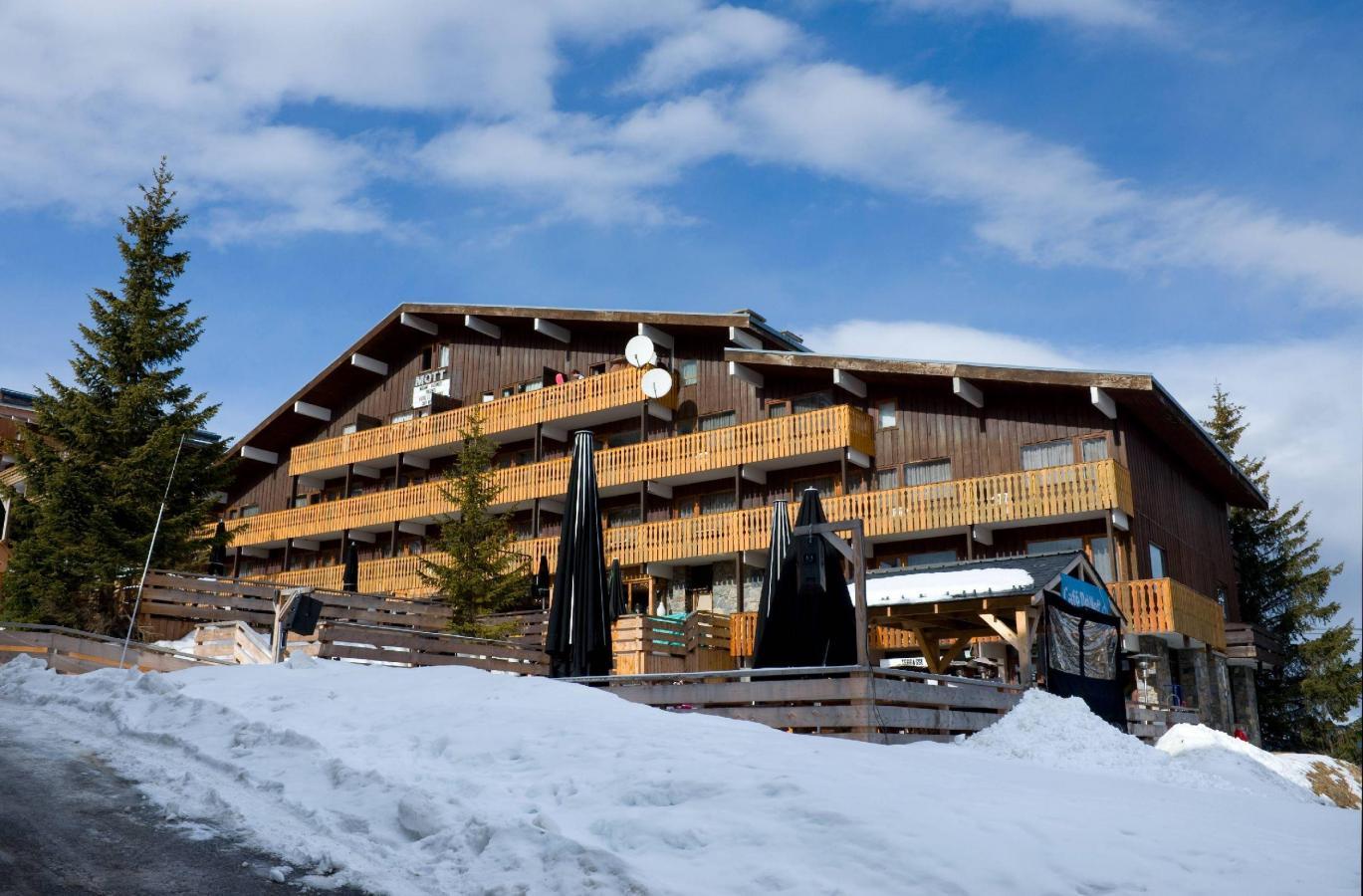 Hotel le mottaret 30 mottaret location vacances ski for Hotel au ski