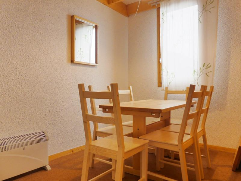 Location au ski Appartement duplex 3 pièces 6 personnes (B18) - Residence Candide - Mottaret - Table