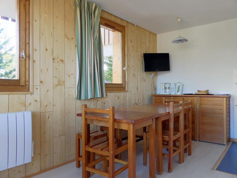 Location au ski Appartement 2 pièces 4 personnes (004) - Residence Gentianes - Mottaret - Lit double