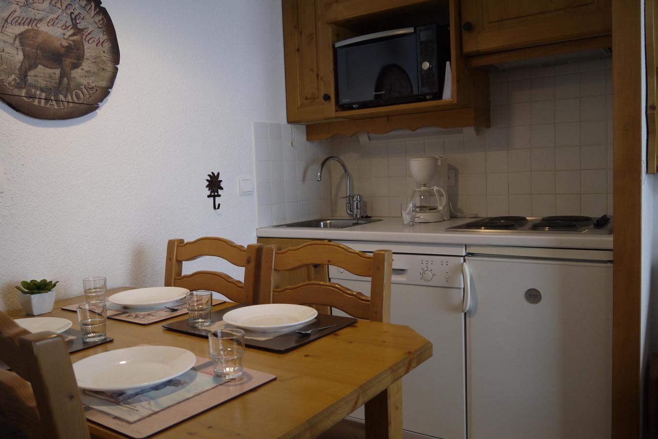Location au ski Appartement 2 pièces 4 personnes (323) - Residence Pralin - Mottaret