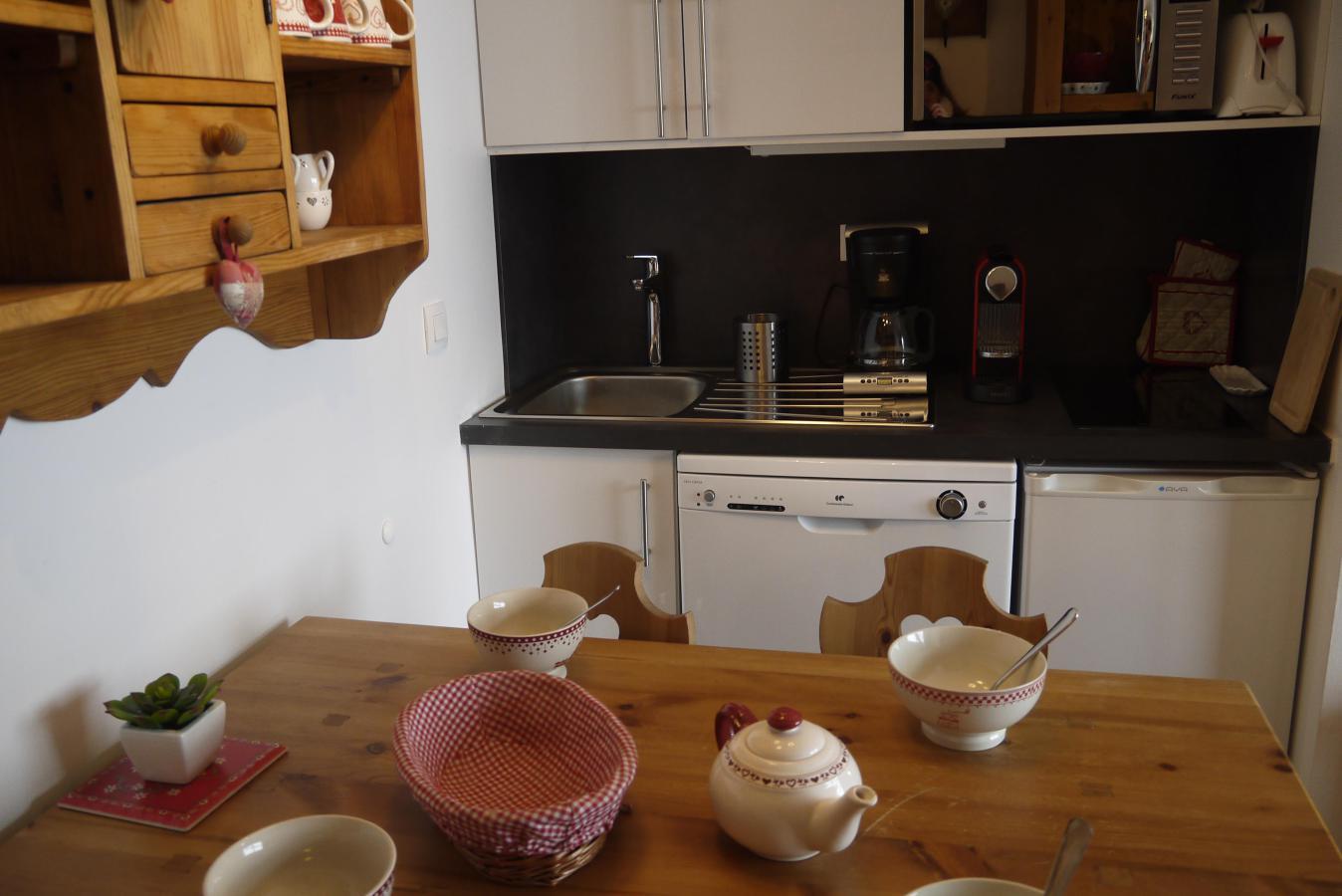 Location au ski Studio 4 personnes (520) - Residence Pralin - Mottaret